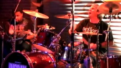 """INGRAY """"School Bus Yellow"""" Hard Rock, Detroit 2009"""