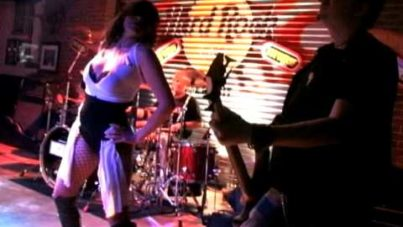 "INGRAY – ""School Bus Yellow"" – Live @ the Hard Rock"